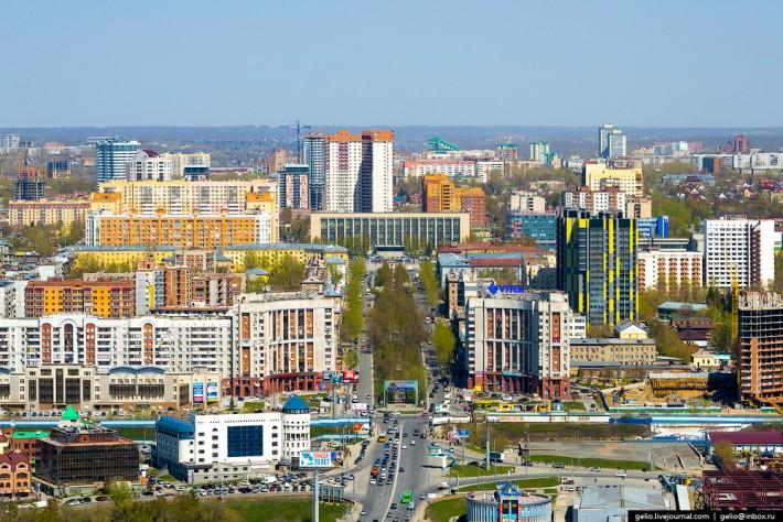 Фотограф Слава Степанов «GelioNSK» прославился своими снимками города с самых высоких точек