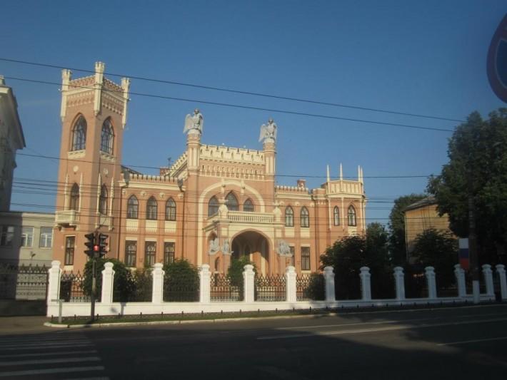 Особняк купца Булычёва — одно из красивейших зданий в городе