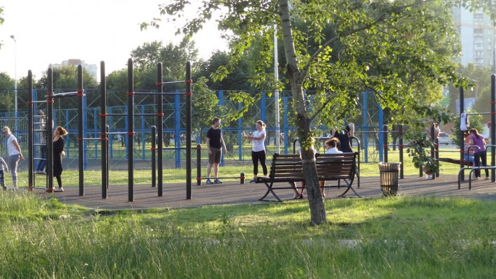 В Москве повсюду видно, что жители следят за здоровьем
