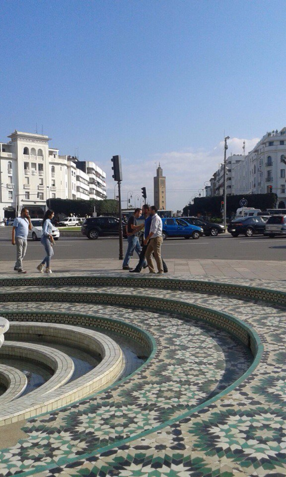 """Центр Рабата . Площадь с видом на мечеть """"Сунна"""""""