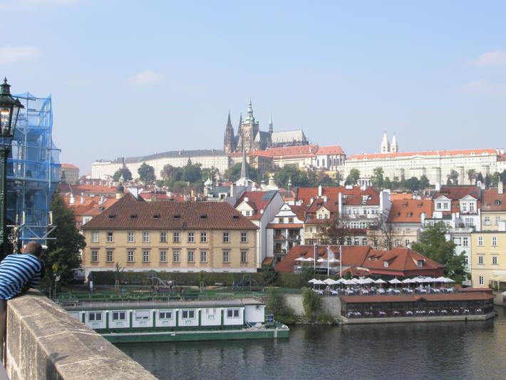 Вид на Прагу с Карлова моста