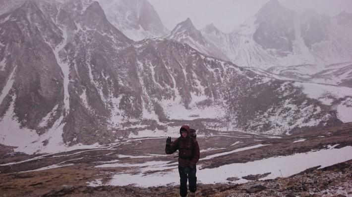 Путь к подножию гор занимает 4.5 часа из Иркутска на автомобиле
