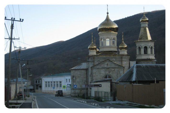 Храм в Адербиевке