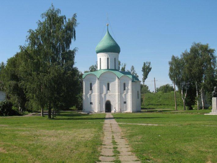 Храм Александра Невского в Переславле